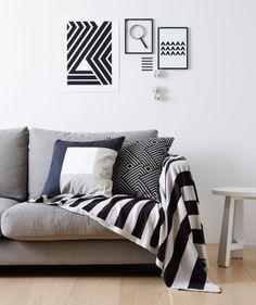 Geometric pattern in living room - Black & White
