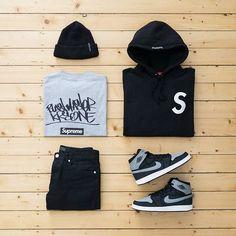 Outfit grid - Black hoodie & jeans