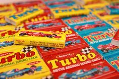 Turbo chewing gum. A picture of a car was inside