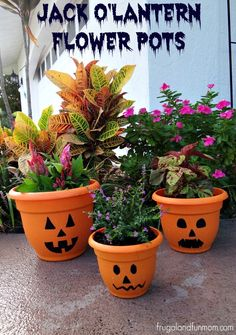 Update your front porch flower pots for Halloween! Try this Jack O'Lantern Flower Pots DIY!