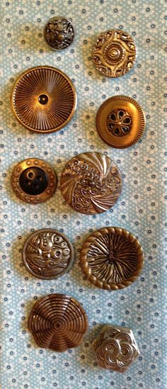 Threads In Time by Pallas: Button Jar Buttons