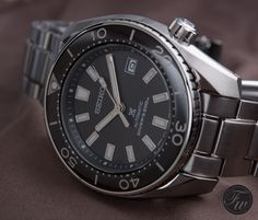 """Seiko SBDC027 """"Sumo"""" 50th Anniversary Review on Fratello Watches. RJ goes hands-on with this limited anniversary model and compares it to the regular Sumo model."""