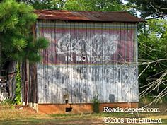 Roanoke Rapids, NC also features a fading away Coca Cola sign . 08-08