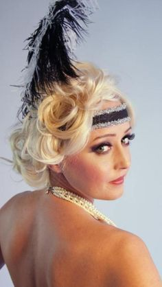 Reader question hairstyles for a 1920s themed wedding for Coupe cheveux burlesque