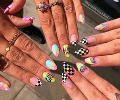 Semi-permanent varnish, false nails, patches: which manicure to choose? - My Nails Summer Acrylic Nails, Best Acrylic Nails, Acrylic Nail Art, Acrylic Nail Designs, Nail Art Designs, Nails Design, Summer Nails, Stylish Nails, Trendy Nails