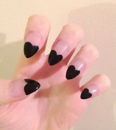 Nails of the Week 32: I Heart You (FLYING SAUCER)