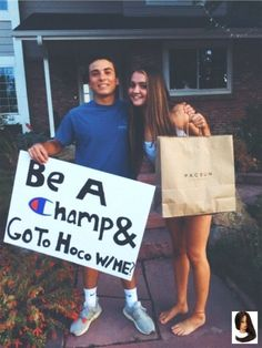 Awesome promposal ideas for friends - beauty wowzy promposal Best Prom Proposals, Cute Homecoming Proposals, Formal Proposals, Homecoming Ideas, Homecoming Dresses, Homecoming Posters, Dear Evan Hansen, Vsco, Invitation Au Bal