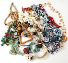 Costume Jewelry : Lot 441
