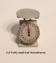 Kitty and Kat Miniatures - Kitchen Scale Tutorial