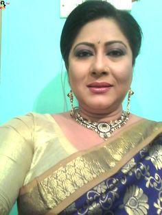 Hot neighbour from Kolkata – Hot Aunty Beautiful Girl Quotes, Beautiful Girl Facebook, Beautiful Girl Makeup, Beautiful Blonde Girl, Beautiful Girl Indian, Most Beautiful Indian Actress, Beauty Full Girl, Beauty Women, Girl Number For Friendship