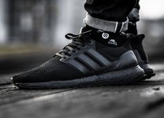 Adidas Ultra Boost - Triple Black - 2016 (by timboslice1337)