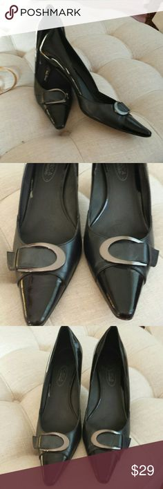 Circa Joan and David Heels Lovely pair of heels  by Joan & David have a leather sole  Heel is approximately 3 inches excellent condition Circa Joan and David  Shoes Heels