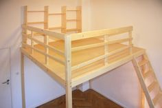 Solid wood loft beds made to measure from Berlin high floors bunk beds play area Comfy Bedroom, Small Room Bedroom, Bedroom Loft, Bedroom Decor For Teen Girls, Teen Girl Bedrooms, Best Interior Design, Interior Design Living Room, Loft Bed Plans, Bedroom Layouts