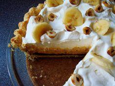 Nutella Banoffee Cream Pie - Dessert By Candy Coconut Desserts, Just Desserts, Delicious Desserts, Tart Recipes, Sweet Recipes, Pie Dessert, Dessert Recipes, Banana Crepes, Banoffee Pie