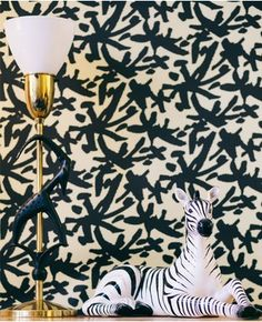 Juju #wallpaper- Black & Gold by AphroChic #home #interiors