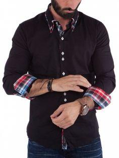 Tøff skjorte med røft design og unike detaljer. Skjorten har en tøff dobbel krage og flotte knapper. Stilig mønster om du bretter opp ermet, men synes også med en liten kan nederst om du ikke gjør det.Ta på deg et par tøffe jeans og denne skjorten og du er klar for alle anledninger. Litt liten i størrelsen, anbefales å gå opp en størrelse fra normalt. Modellen på bildet er 183cm høy veier 80kg og bruker strl. L.Merke: CarismaModell: ClubstarFarge: SvartMateriale: 97% bomull o...