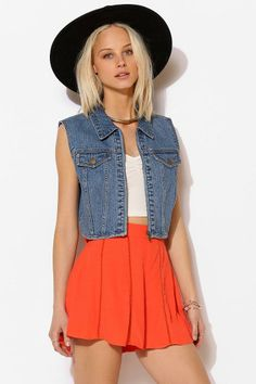 BDG Zip-Up Cropped Denim Vest #urbanoutfitters
