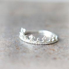 Tiara Ring in sterling silver van laonato op Etsy