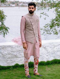 Men Ethnic Wear India, India Fashion Men, Mens Indian Wear, Indian Men Fashion, Mens Fashion Suits, Boy Fashion, Wedding Kurta For Men, Wedding Dresses Men Indian, Wedding Dress Men