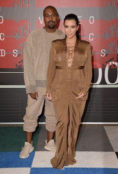 Kanye West e Kim Kardashian, ambos de Balmain pro VMA 2015