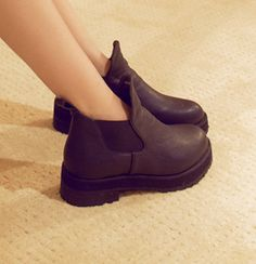 Europe Street shoot the Leopard-style thick chunky heels and ankle-boots short boots motorcycle boots $15.88