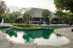 Discover a multitude of tempting Thai flavors at #TheTAOBali, where the views are always dreamy, the pool always glittering, and the food always heavenly!  #TheTanjungBenoaBeachResort #TheTanjungBenoa #TheTaoBali #Bali