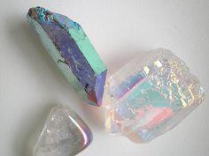 tornasoles Crystal Magic, Crystal Grid, Crystal Healing, Crystals And Gemstones, Stones And Crystals, Natural Gemstones, Rocks And Gems, Rocks And Minerals, Quartz Geode