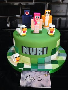 Minecraft for a girl. Went with a round cake to mix up design element from being all square! Ballistic Squid, Stampy Longnose, Amy Leigh Mermaid and Mutant Chickens; all Nuri's faves https://mrs-bs.co.uk/ https://www.facebook.com/mrsbcakeologist/