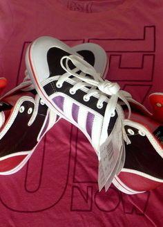 Kupuj mé předměty na #vinted http://www.vinted.cz/damske-boty/tenisky/15738594-kotnikove-tenisky-adidas-originals-pinkblackwhite