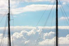Nieuw in mijn Werk aan de Muur shop: Twee masten en wolken