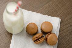 Strawberry Crumble: Macarons de Chocolate com Recheio de Ganache de Chocolate