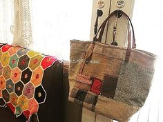 #Embroidery#stitch#needle work#hamp linen bag #프랑스자수#일산프랑스자수#자수#자수소품#자수타그램#핸드메이드#햄프린넨#햄프린넨가방 #햄프린넨과모직원단패치가방~