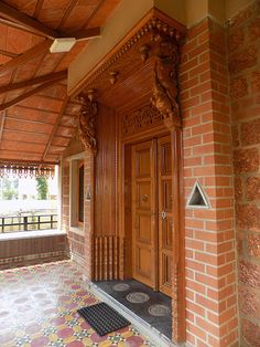 Centre for Vernacular Architecture Trust :: Gallery Village House Design, Bungalow House Design, House Front Design, Kerala Traditional House, Traditional House Plans, Indian Home Design, Kerala House Design, Home Entrance Decor, House Entrance