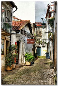 "Typical streets of Viana do Castelo - the fabulous ""os 3 potes"" #Restaurant #Portugal"