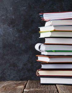 Teacher Wallpaper, Book Wallpaper, Wallpaper Backgrounds, Chalkboard Wallpaper, Neon Backgrounds, Classroom Background, Book Background, Powerpoint Background Design, Powerpoint Design Templates
