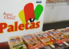 Aquí mis Chiles no solo cuenta con botanas y salsas, también te ofrece unas deliciosas paletas heladas con sabor a frutas!