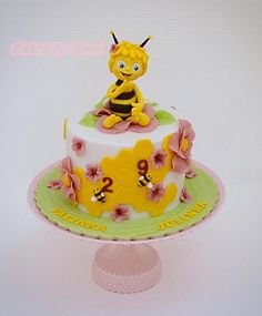 Maya the Bee by Cakes by Toni
