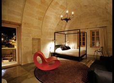 今年泊まるべき、パリの新世代ホテル15選!|Tablet Hotels  「セリン・ハウス」 トルコの「セリン・ハウス」 内部はハイテクな雰囲気だ。ドイツのデザイン会社が内装を担当。