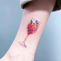 a42b10b8c Roses Tattoo Art by Zihee Tattoo #evamigtattoos #tattoo Tattoo Guys, Small  Tattoos For