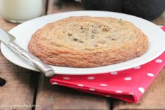 XXL Chocolate Chip Cookie for One