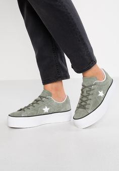 8 Best Converse one star shoes images | Converse one star