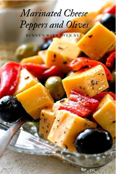 Cheese Peppers and Olives Marinated Cheese Peppers and Olives - An easy, delicious appetizer that takes no time at all to make.Marinated Cheese Peppers and Olives - An easy, delicious appetizer that takes no time at all to make. Finger Food Appetizers, Yummy Appetizers, Appetizers For Party, Appetizer Recipes, Christmas Appetizers, Cheese Appetizers, Appetizer Dips, Cheese Recipes, Bruschetta