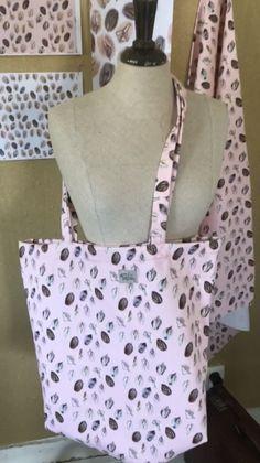 Vagina fabric sac linen Fabric Design, Fashion, Moda, Fashion Styles, Fashion Illustrations, Fashion Models