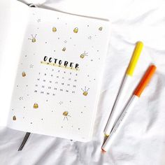 Enjoy bullet journal this season with this ultimate guide! Choose from several bullet journal fall theme ideas, layouts, spreads and more! Bullet Journal Designs, Bullet Journal Doodles, Bullet Journal Weekly Spread, Bullet Journal Spreads, Bullet Journal October, Bullet Journal Cover Page, Bullet Journal Ideas Pages, Bullet Journal Layout, Journal Covers