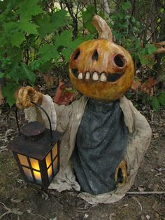 Halloween, All Hallows Eve, Trick or Treat, Witch, Goblin, Ghost, Black Cat, Bat, Skull, Ghouls, Scarecrow, Jack-O-Lantern, Pumpkin, Spooky, Scary, Haunting, Creepy, Frightening, Full Moon, Autumn, Fall, Magic Potion, Spells - The Shadow Farm