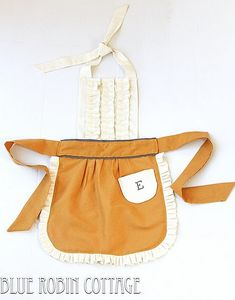 Anthro knock-off apron.  SO cute!  #apron #sewing