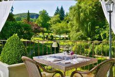 Dordogne, das Hotel Les Glycines & Spa, Mitglied der Kette Châteaux & Hôtels Collection, empfängt Sie im Herzen des Périgord Noir in einem Anwesen aus dem 19. Jahrhundert... Entdecken Sie hier eine der schönsten Regionen Frankreichs, Kunst des Reisens mit Bontourism®