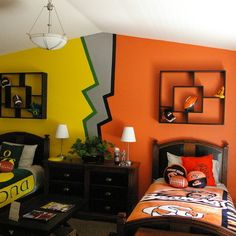 Football Mural Design Ideas, Pictures, Remodel, and Decor. This is to funny. Our daughter is a Oregon Duck fan, and Her husband is a OSU fan. The civil war gets ugly at the end of the season.