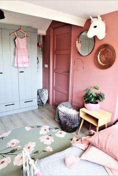 Pink Bedroom Walls, Pink Bedroom For Girls, Room Ideas Bedroom, Baby Bedroom, Creative Kids Rooms, Happy New Home, Girl Bedroom Designs, Kids Decor, Kids House