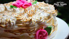 Hoje é dia de Bolo de Torta de Limão. Meio bolo, meio torta, um Bolo de Festa com gosto de torta de limão … hummm dá para imaginar? Eu só …